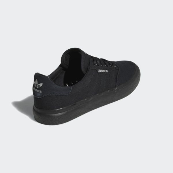 3MC_Vulc_Shoes_Black_B22713_05_standard